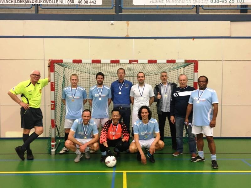 zaalvoetbal zwolle Keijl Flevo Holland kampioen 2e klasse B 1617