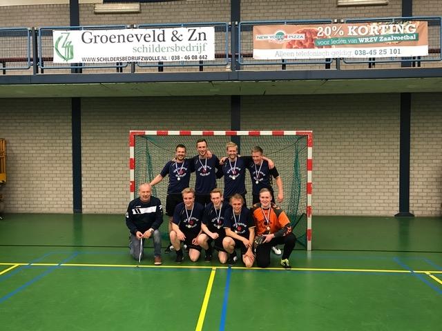 zaalvoetbal zwolle Vastgoed Dalfsen kampioen hoofdklasse B 20162017