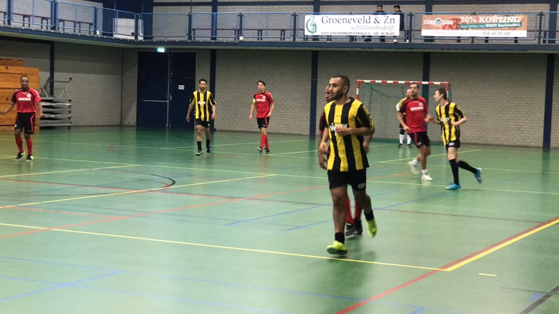 zaalvoetbal zwolle WRZV Dynamo Wahid Shimeri